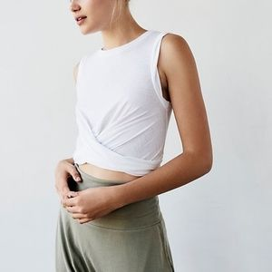3/$30 Free People Movement cropped white twist top